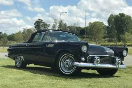 Ford Thunderbird Auto - Model 1956
