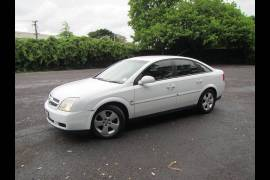 Holden Vectra 2005 White
